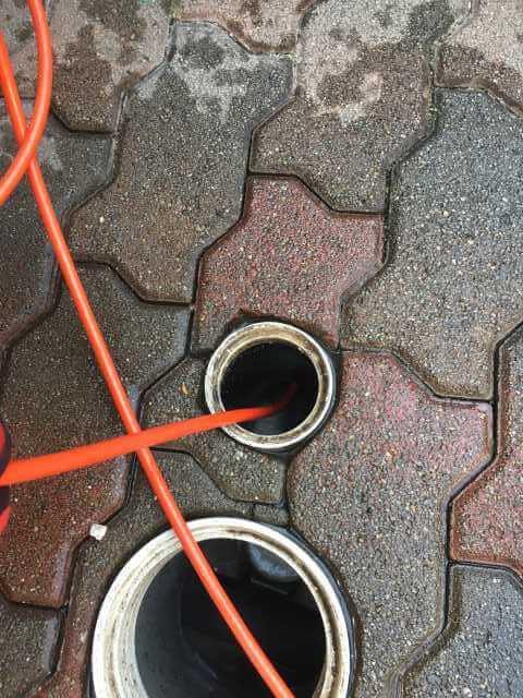 排水管の中を洗管