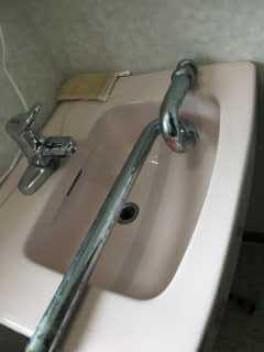 外した排水管