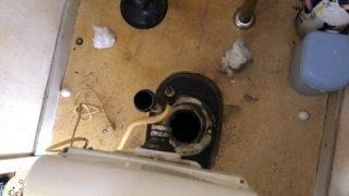 古い便器から取替 節水タイプTOTOCS230BP+SH231BA取付工事 尼崎市南清水