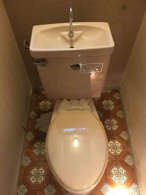 現場のトイレ