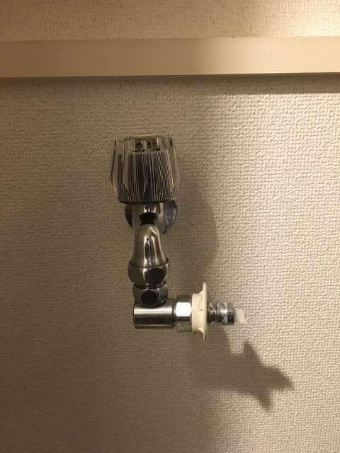 現場の洗濯用水栓