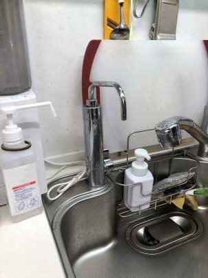 水漏れしている浄水器