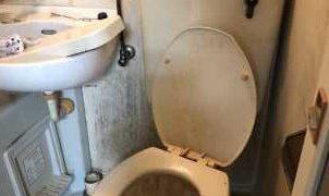 3点式ユニットバスのトイレの水漏れ修理・タンクの中からずっと水の音が聞こえる