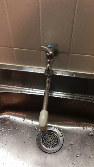 交換前の自在水栓