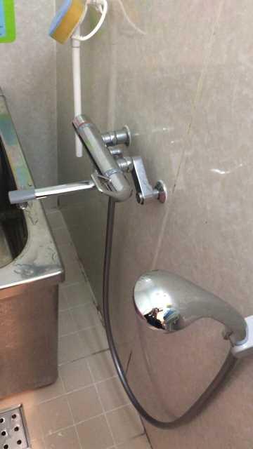 水漏れを起こしているサーモスタット混合水栓